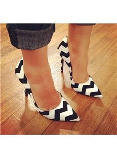 Amazing Contrast Color Pointed-toe Heels