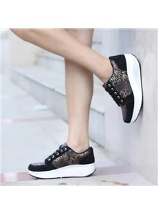 Comfortable Genuine Leather Flower Print Sneaker
