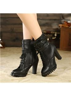 Fashionable Chunky Heels Ankle Boot with Buckle