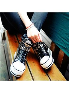 Fashionable Cool Lace-Up Comfortable Women Sneaker With Rivets