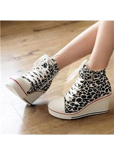Fashionable  Lace-up Buckle Wedge Canvas Shoes