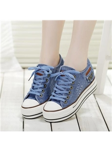 Good-looking Rivet Lace-up Canvas Shoes with Platform