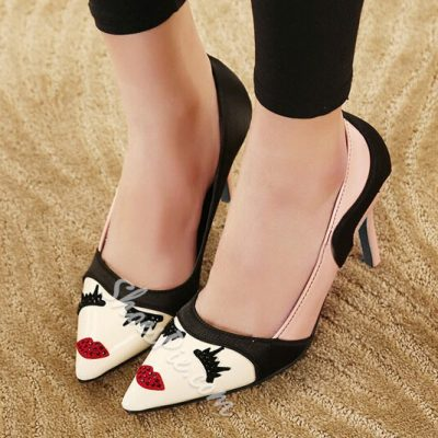 Beautiful Girl Design Pointed-toe Low Heels