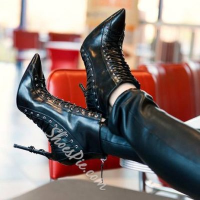 Shoespie Enticing Lace-up Pointed-Toe Ankle Boots