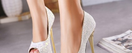 Shoespie Sequined Platform Peep Toe Heels