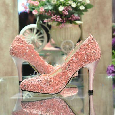 Shoespie Silk Lace Rhinestone Bridal Shoes