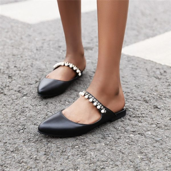 Shoespie Trendy Rhinestone Beads Slip-On Plain Slippers