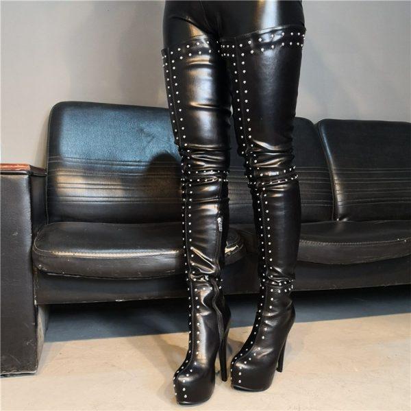 Shoespie Trendy Side Zipper Round Toe Rivet Boots